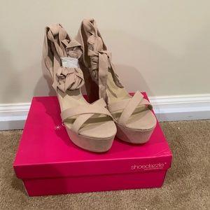 Shoe Dazzel light pink platform heel